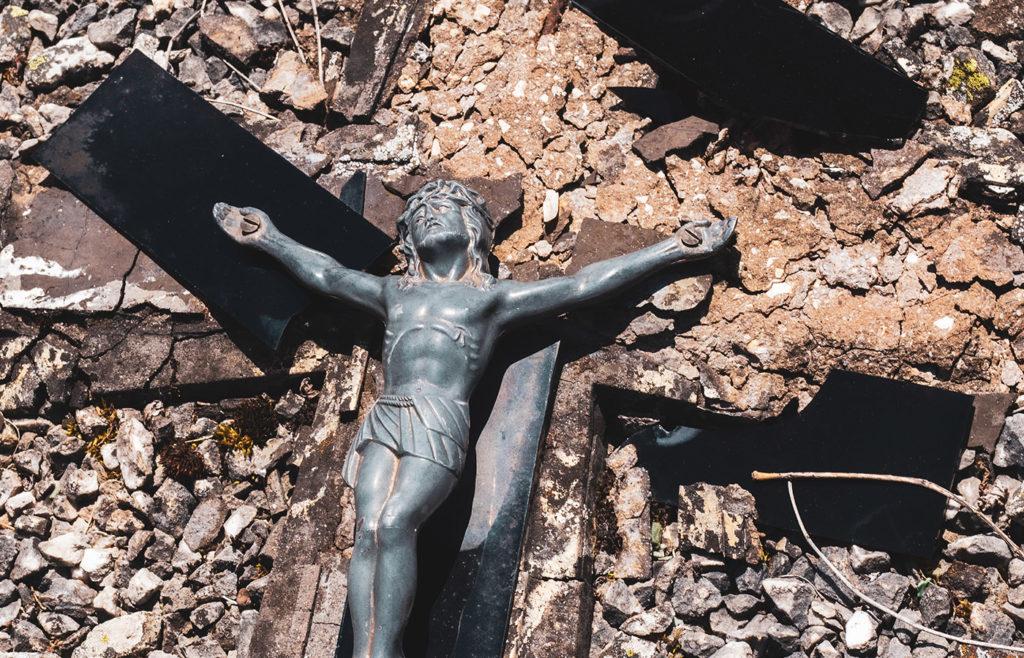 Pedro Regis – Disorder in the Church